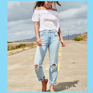 🆕💙OLD NAVY Loose Boyfriend Ripped Jeans